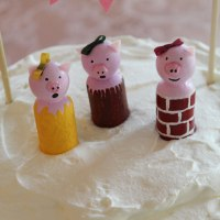 Three Little Pigs 3rd birthday party